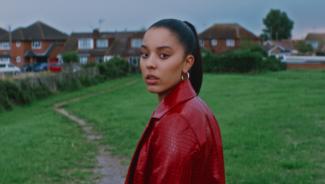 Grace Carter | Busk Music